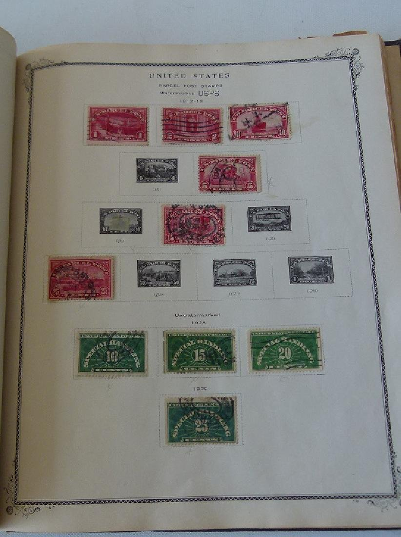 2 US STAMP ALBUMS INCL. US NUMBERED STAMP BLOCK - 6
