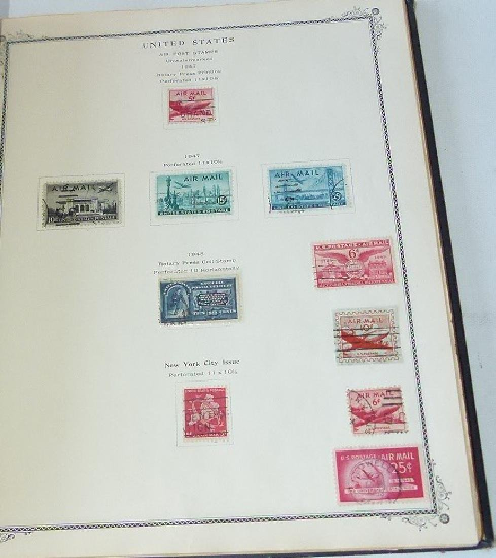 2 US STAMP ALBUMS INCL. US NUMBERED STAMP BLOCK - 7