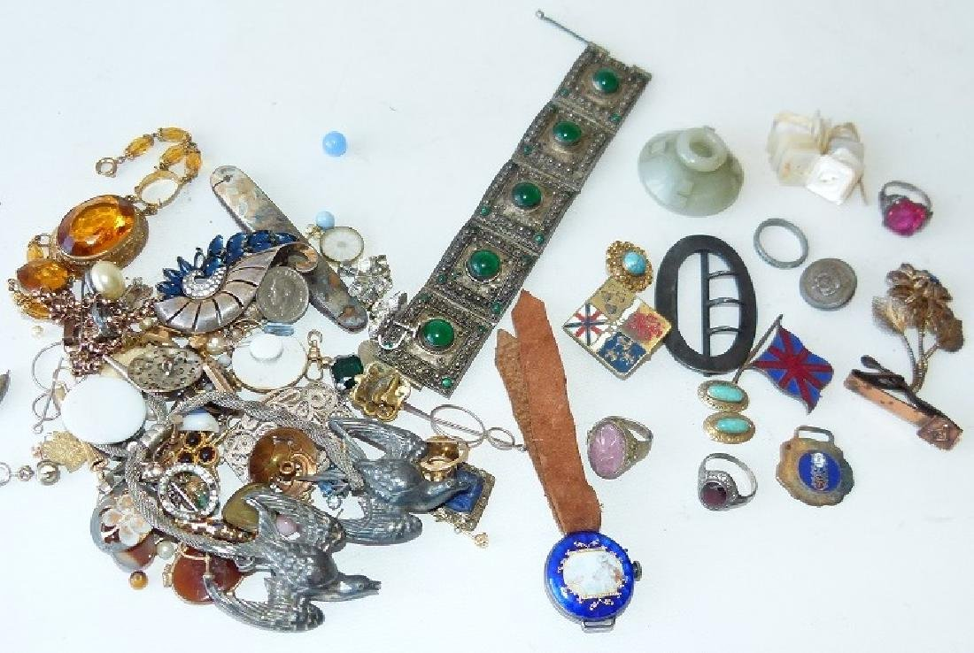 LOT ASSORTED VICTORIAN RINGS/FINDINGS 19/20TH C.