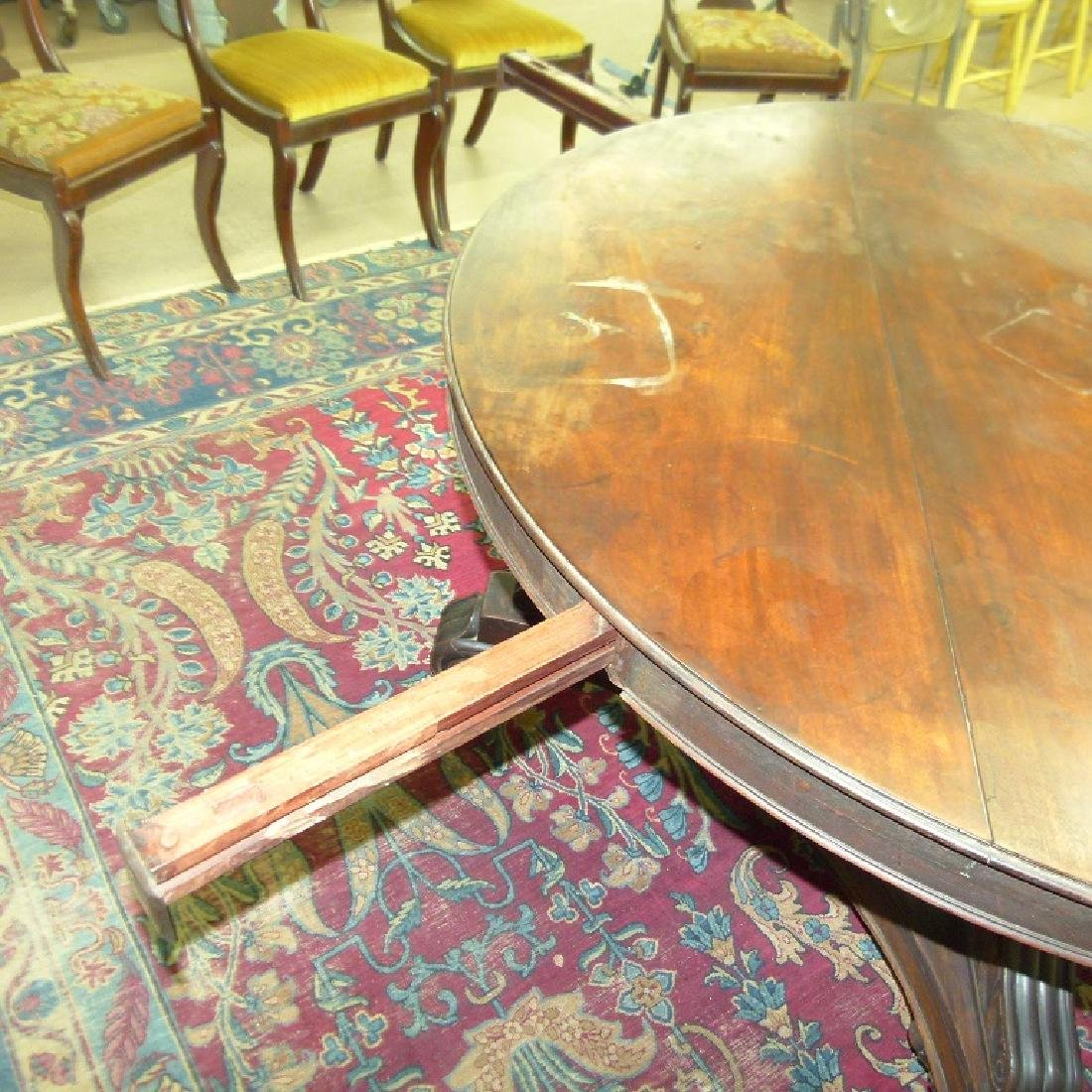 PENN. CLASSICAL CARVED WALNUT DINING ROOM TABLE - 9