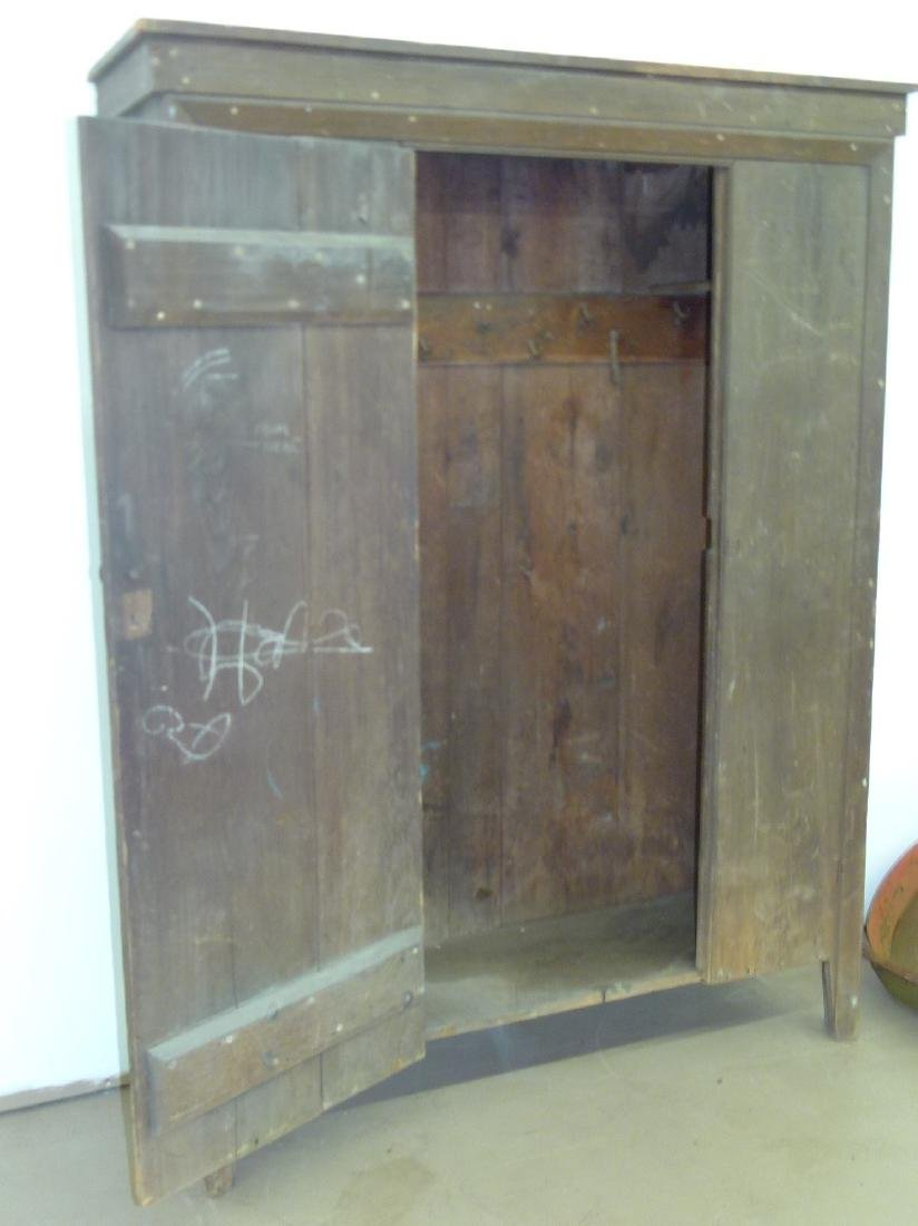 LARGE HUDSON VALLEY PINE CUPBOARD - 3