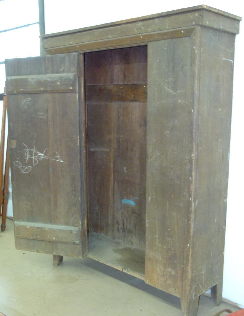 LARGE HUDSON VALLEY PINE CUPBOARD - 4