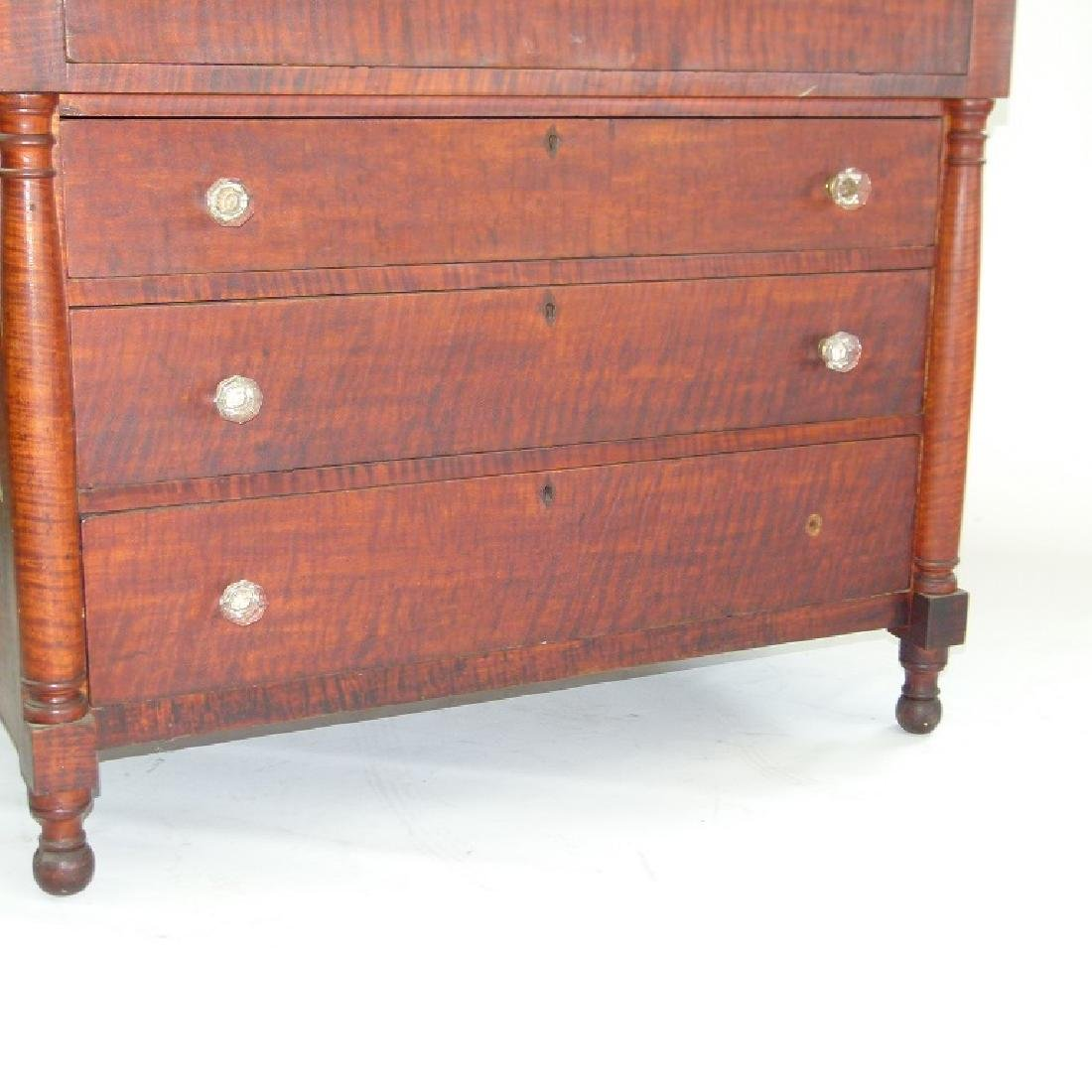 SHERATON CARVED TIGER MAPLE 2/4 CHEST OF DRAWERS - 3