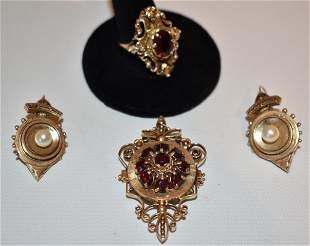 4 VICT. 14KT YELLOW GOLD/GARNET RING, EARRINGS & BROACH