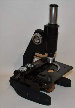 BAUSCH & LOMB STUDENT MICROSCOPE
