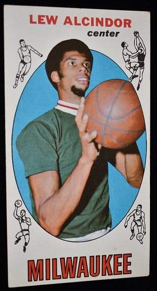 TOPPS 1969/70 LEW ALCINDOR BASKETBALL ROOKIE CARD #25