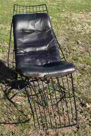 MID-CENTURY MODERN WIREWORK LOUNGE CHAIR, C. 1950/60