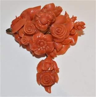 FRENCH/CHINESE DECO 12KT YG CARVED RED CORAL BROACH