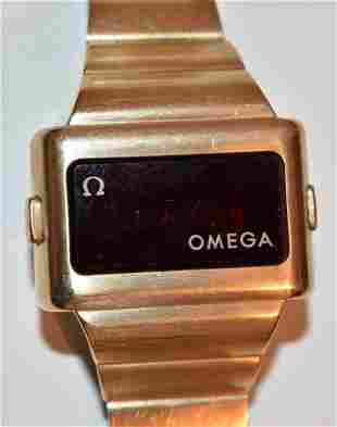 VINT MID-CENT. MODERN OMEGA GOLD TONE QUARTZ WATCH