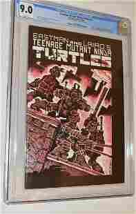 RARE TEENAGE MUTANT NINJA TURTLES #1 COMIC GRADED 9.0