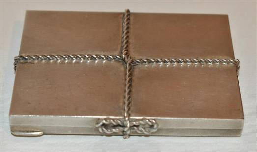TIFFANY & CO. ART DECO STERLING COMPACT, C. 1950/60