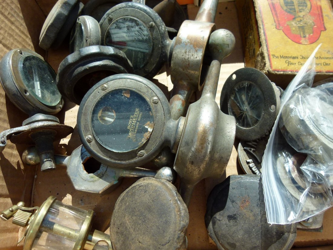 Lot Assorted Boyce Motometers & Dodge Radiator Caps