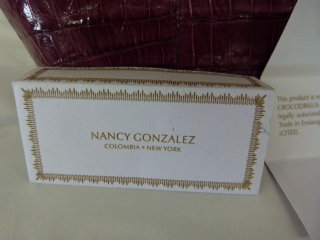 VINTAGE NANCY GONZALEZ CROCODILE (MAUVE) HANDBAG - 3