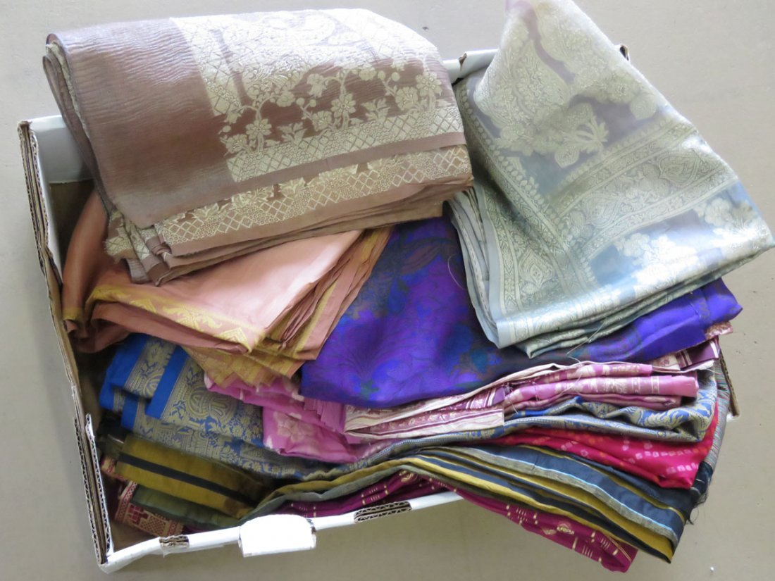 (13) VINTAGE INDIAN/PAKISTAN SAREE'S W/ PRINTED/BROCADE