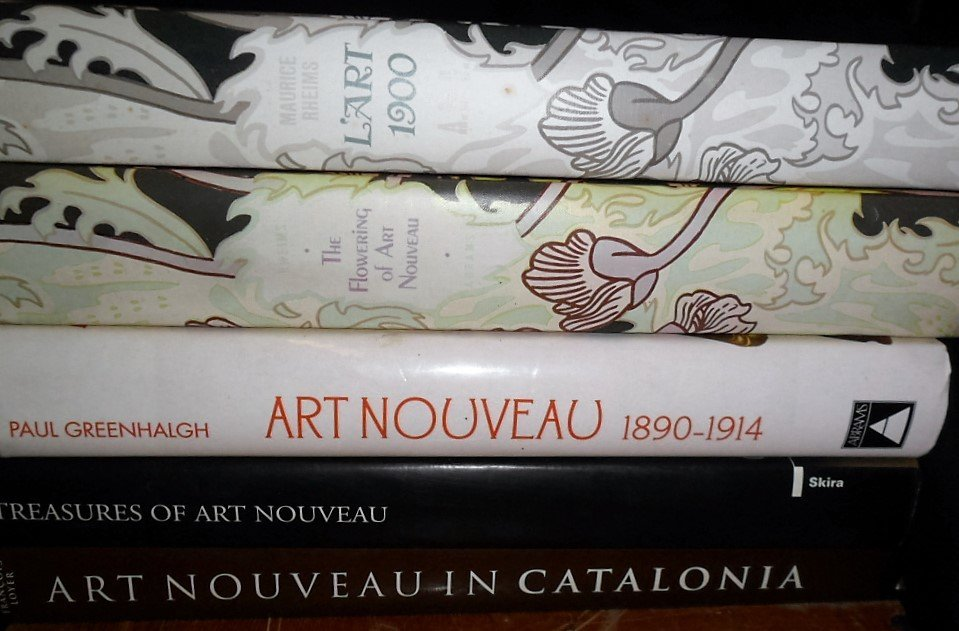 LOT (5) VOLUMES ART NOUVEAU INCL. ART NOUVEAU IN