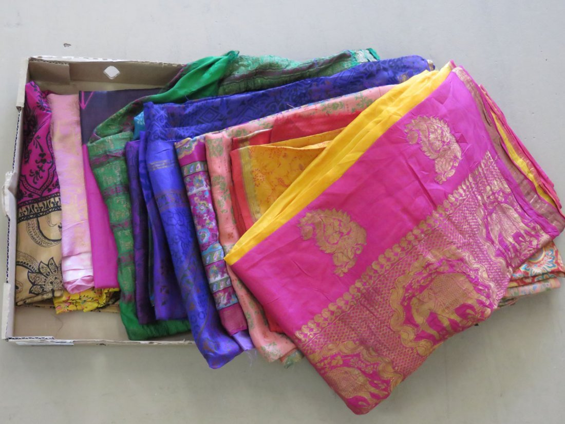 (14) VINTAGE INDIAN/PAKISTAN SAREE'S W/ WOVEN GOLD