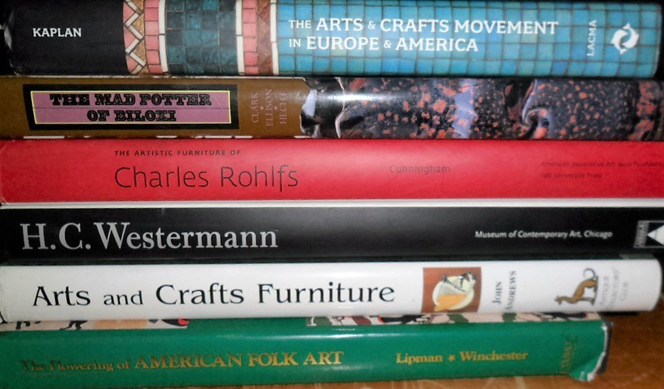 LOT (6) VOLUMES ARTS & CRAFTS INCL. A&C MOVEMENT IN