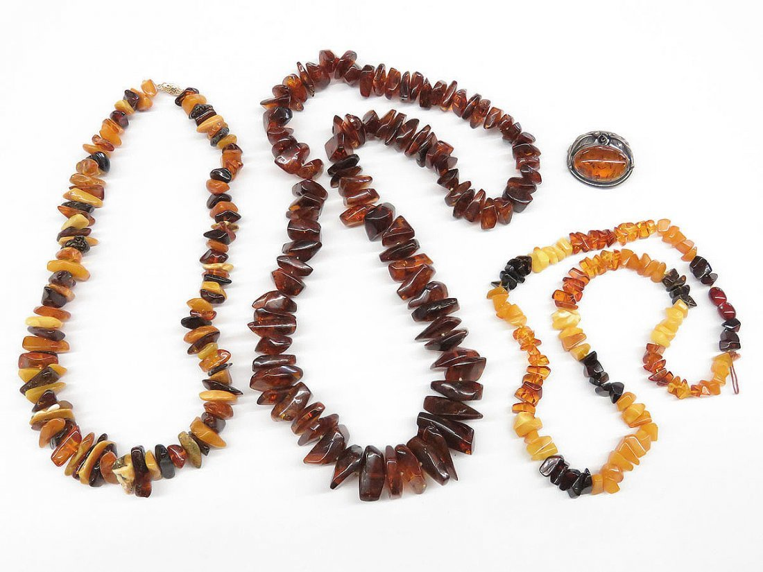 LOT ASSORTED BALTIC AMBER INCL.BUTTERSCOTCH C.1950/60