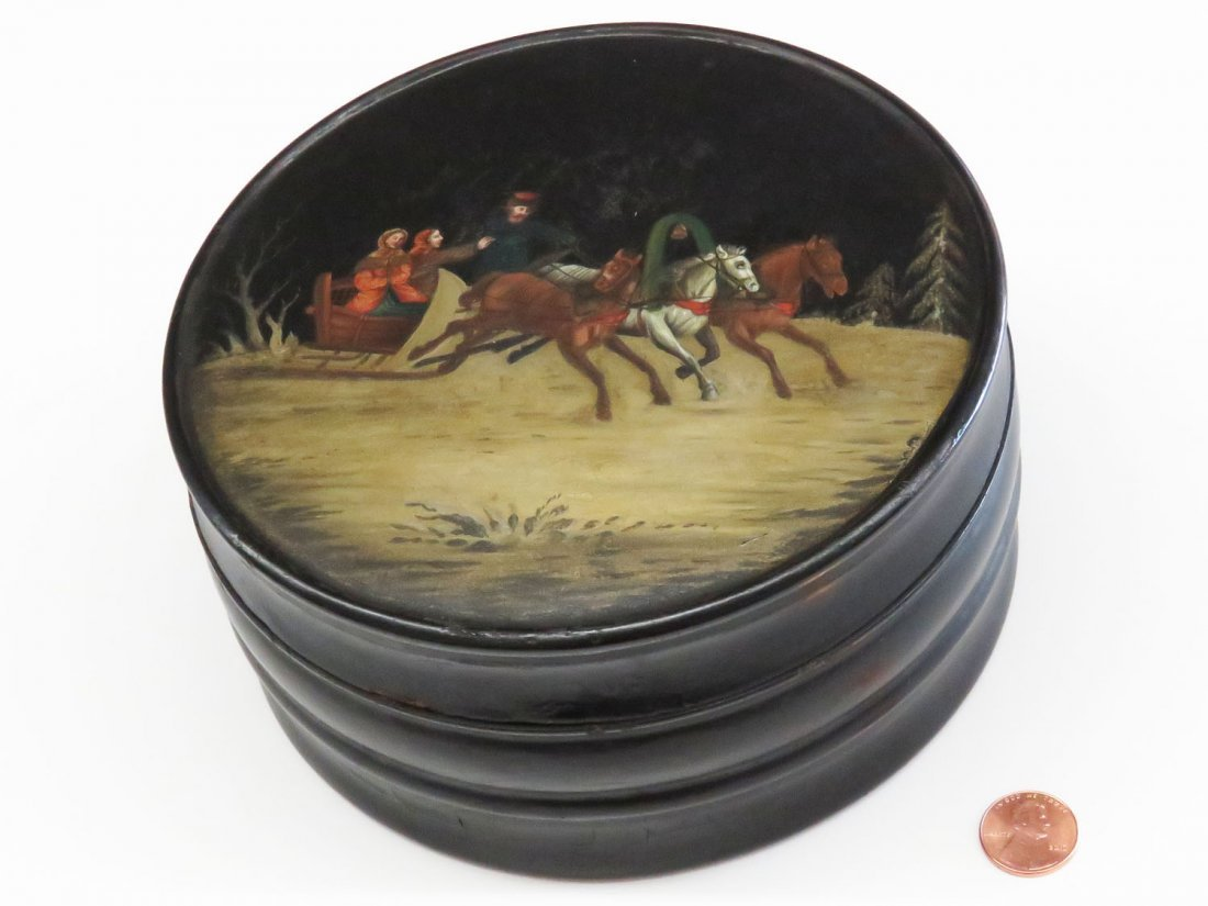 HAND PAINTED RUSSIAN COVERED BOX 19TH C.