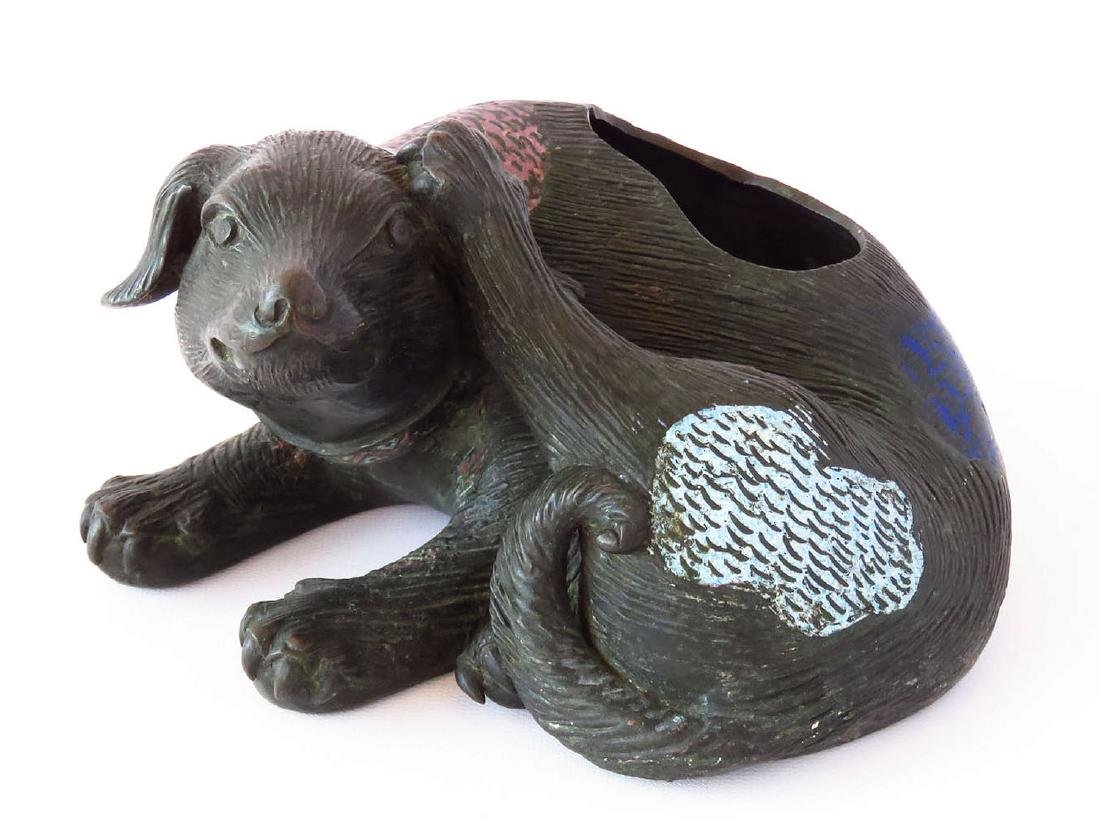 CHINESE CLOISONNE BRONZE DOG SCRATCHING 19/20TH C.