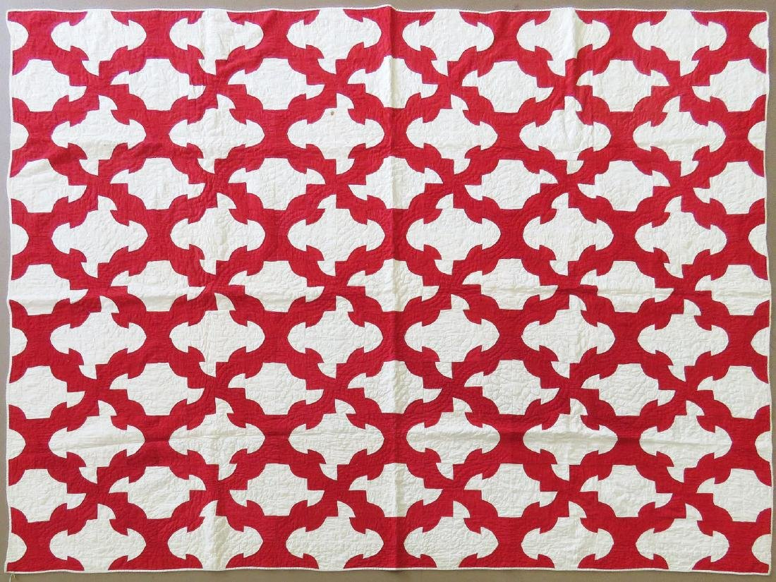EARLY AMERICAN QUILT - RED & WHITE 19/20TH C.