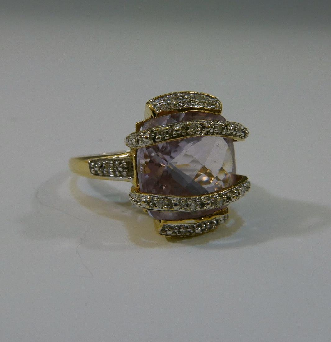 14K GOLD DIAMOND & PINK TOPAZ RING