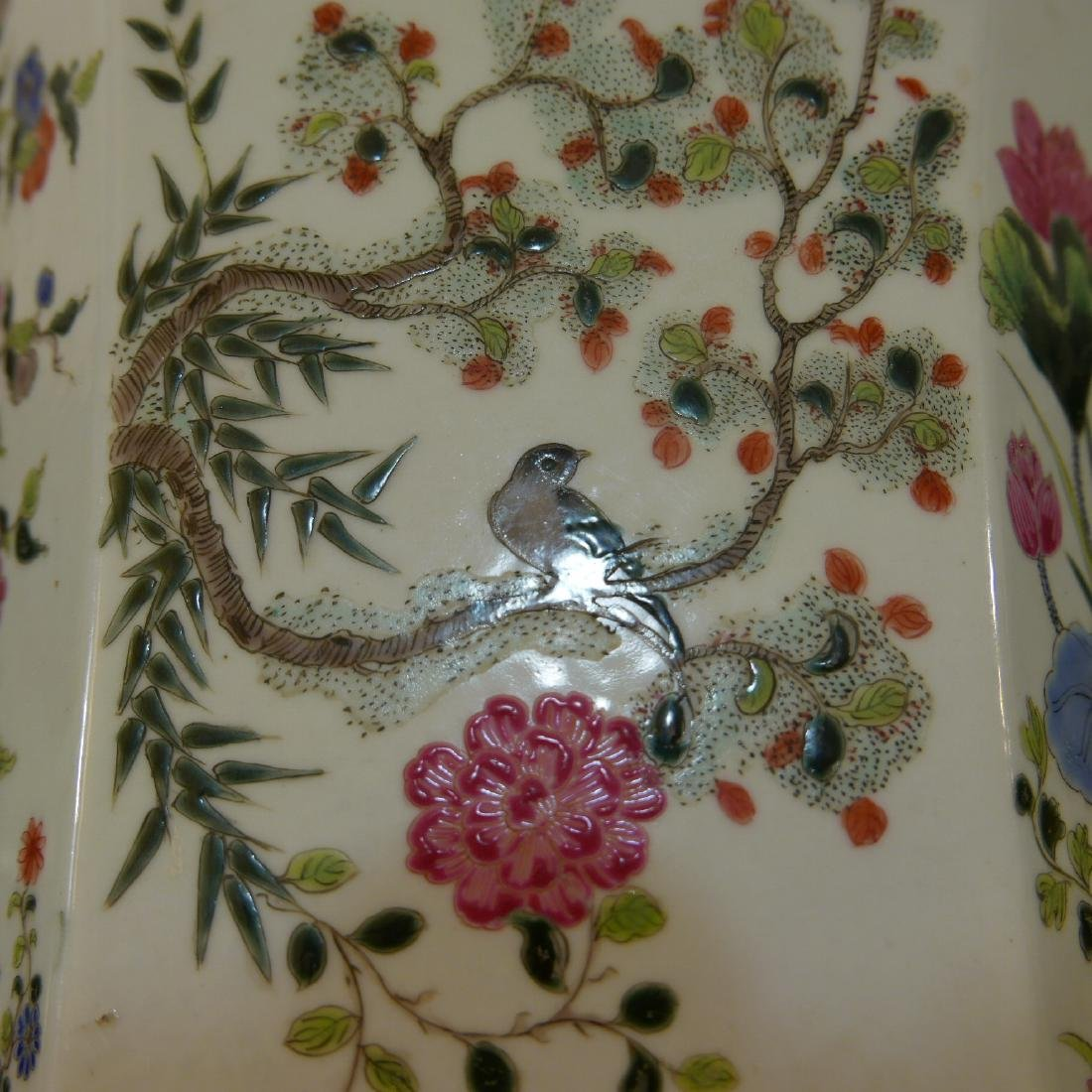 ANTIQUE CHINESE FAMILLE ROSE PORCELAIN JARDINIERE. 19TH - 9