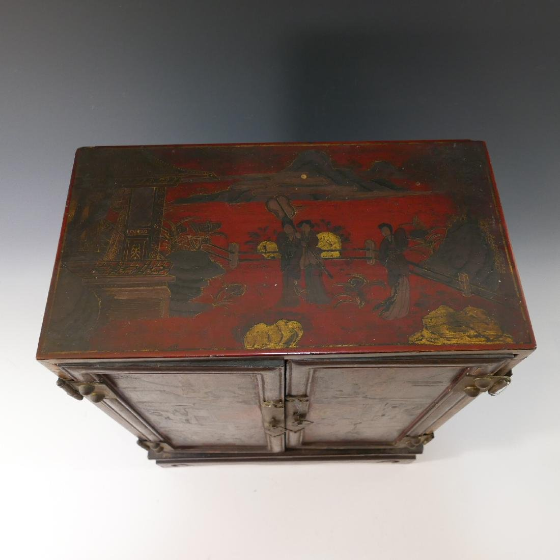 CHINESE ANTIQUE PAINTED LACQUER WOOD CABINET - QING - 9