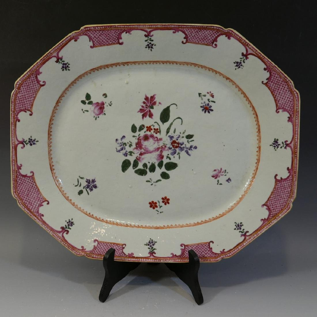 LARGE ANTIQUE CHINESE FAMILLE ROSE PORCELAIN PLATTER -