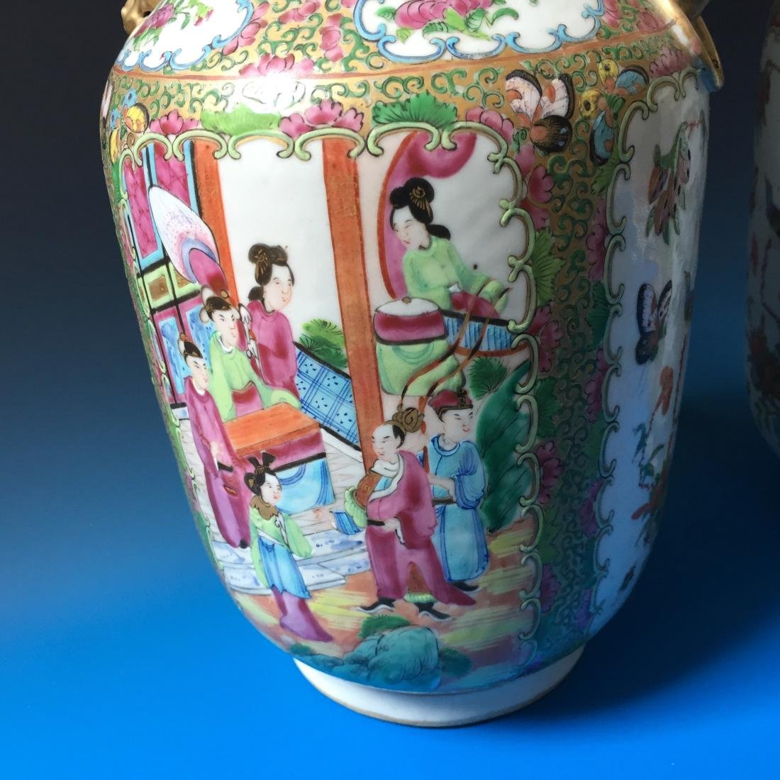 A PAIR CHINESE ANTIQUE FAMILLE ROSE PORCELAIN VASES, - 7