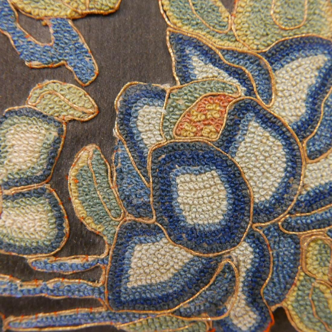 ANTIQUE CHINESE KESI SILK EMBROIDERED JEWELRY BOX - 3