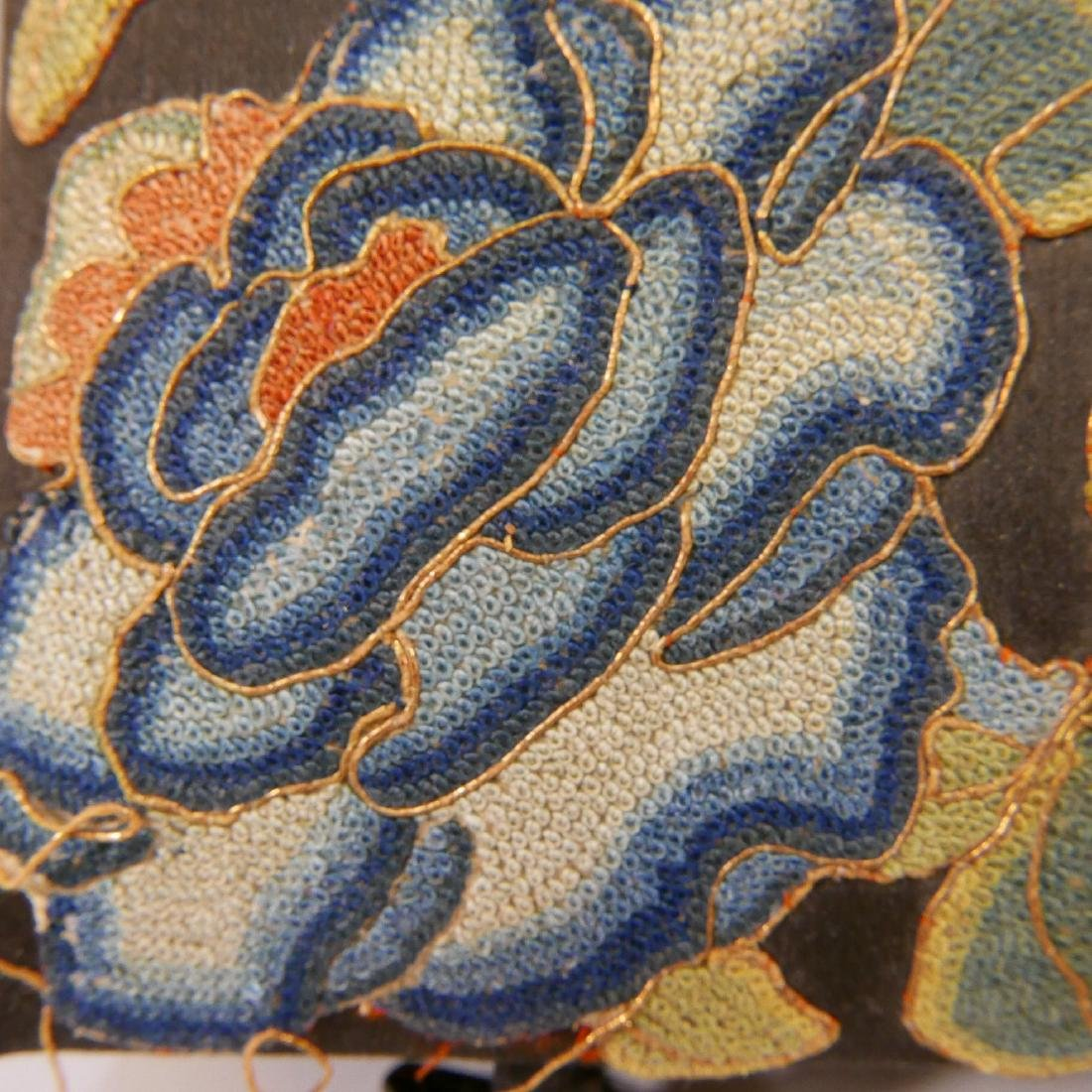 ANTIQUE CHINESE KESI SILK EMBROIDERED JEWELRY BOX - 5