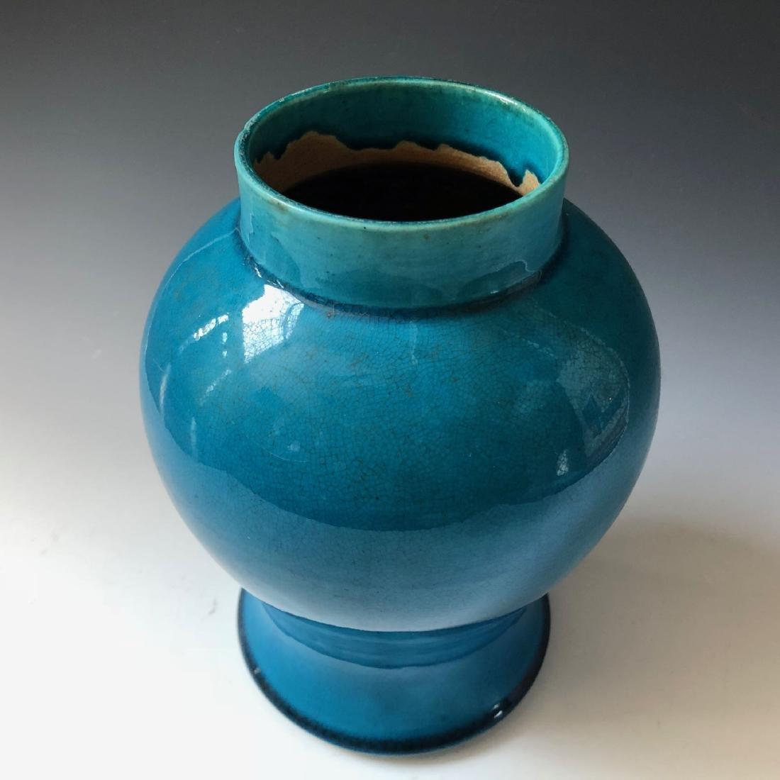 A CHINESE ANTIQUE BLUE GLAZED VASE, 19C - 3