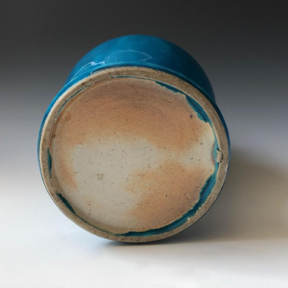 A CHINESE ANTIQUE BLUE GLAZED VASE, 19C - 5
