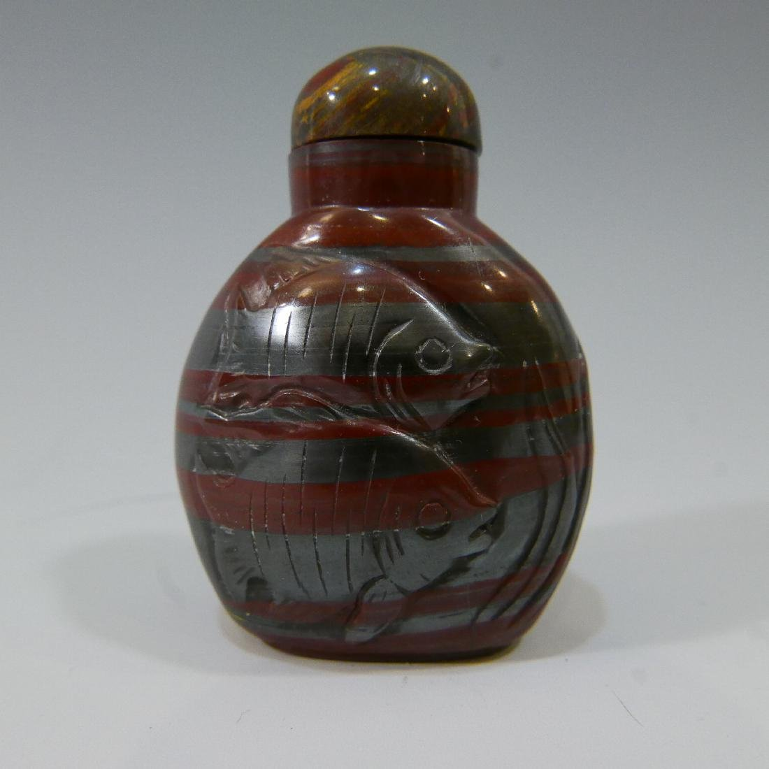 CHINESE ANTIQUE SNUFF BOTTLE - AGATE - QING DYNASTY