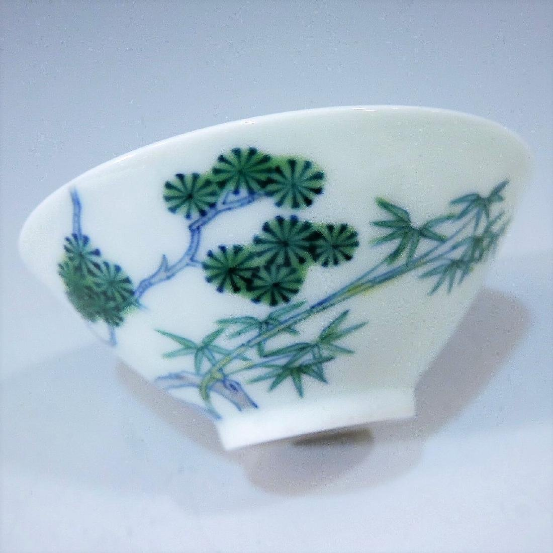 IMPERIAL CHINESE ANTIQUE DOUCAI PORCELAIN CUP - - 4