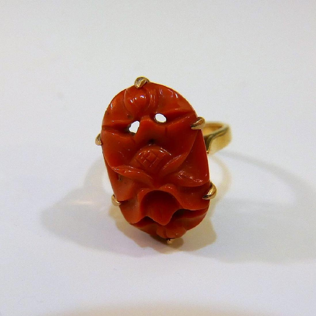 14K GOLD RED CORAL RING 5 GRAMS