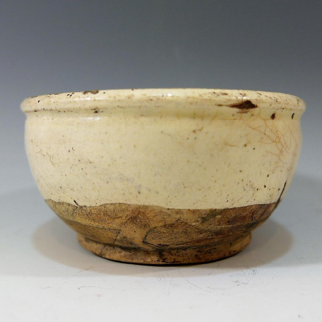 CHINESE ANTIQUE SONG DYNASTY WHITE PORCELAIN BOWL