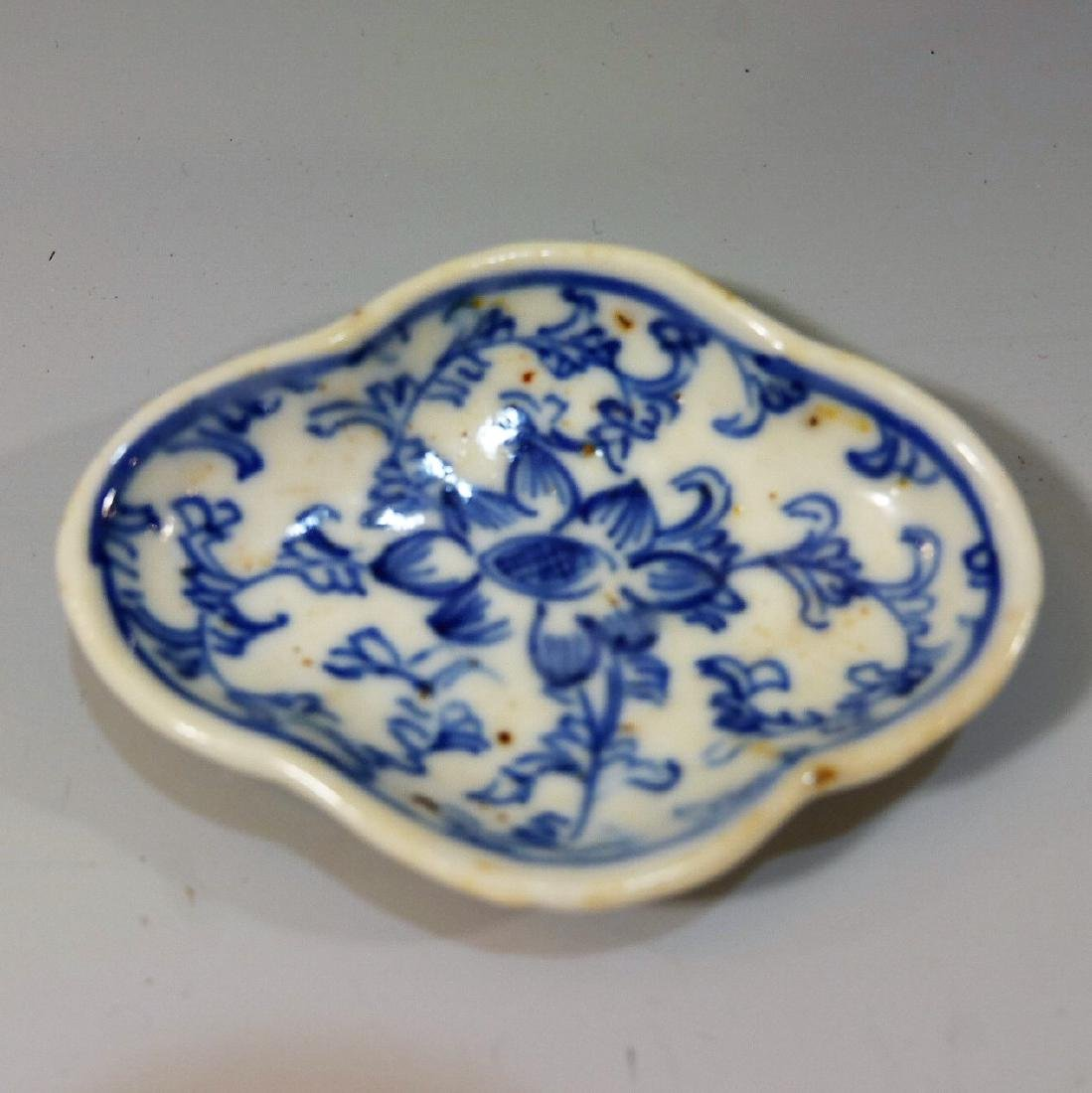 CHINESE ANTIQUE BLUE WHITE PORCELAIN DISH - QING