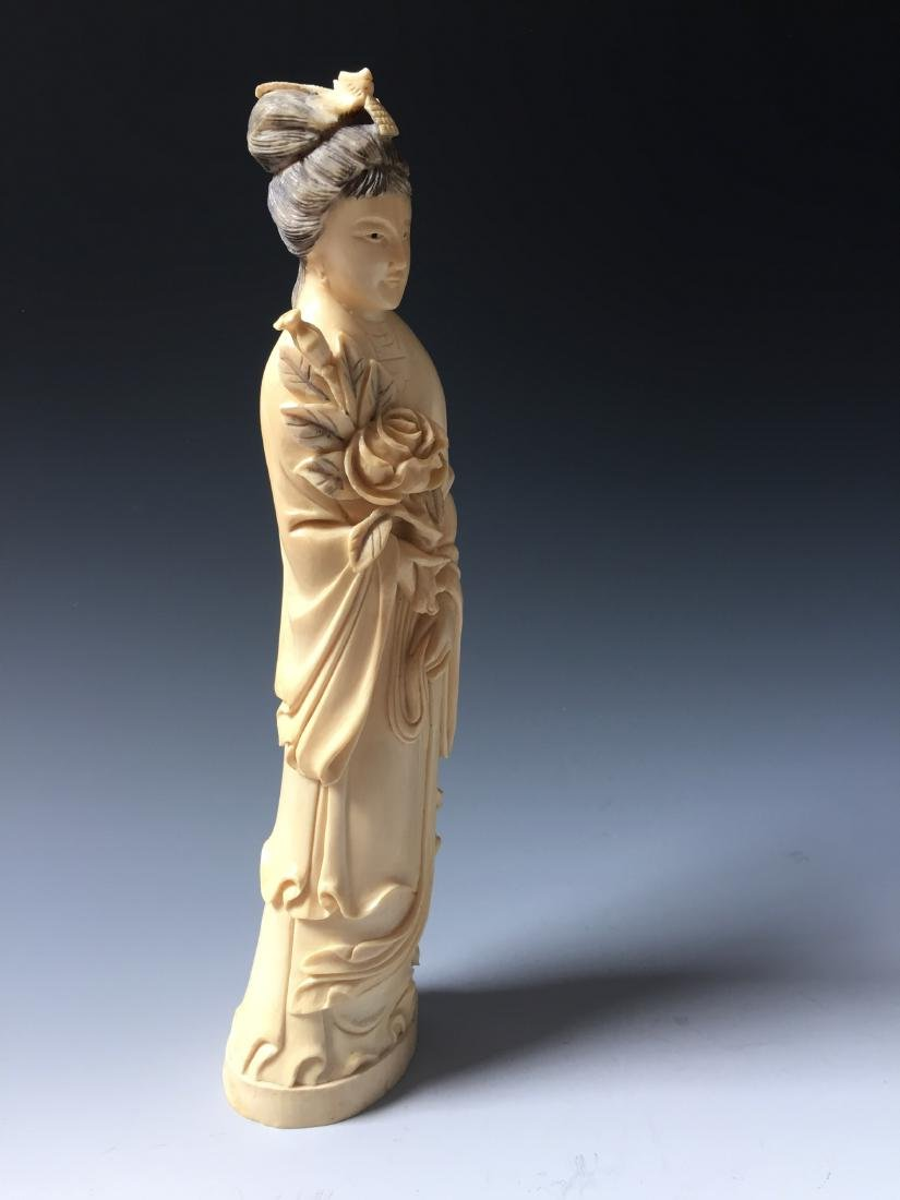 A BEAUTIFUL CHINESE ANTIQUE FIGURE CARVING - 5