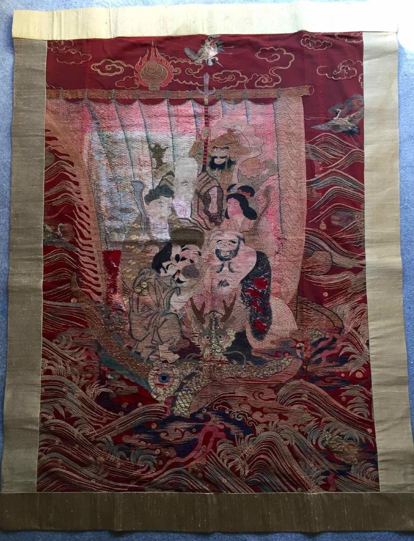 A LARGE CHINESE ANTIQUE EMBROIDERED PANEL - 2