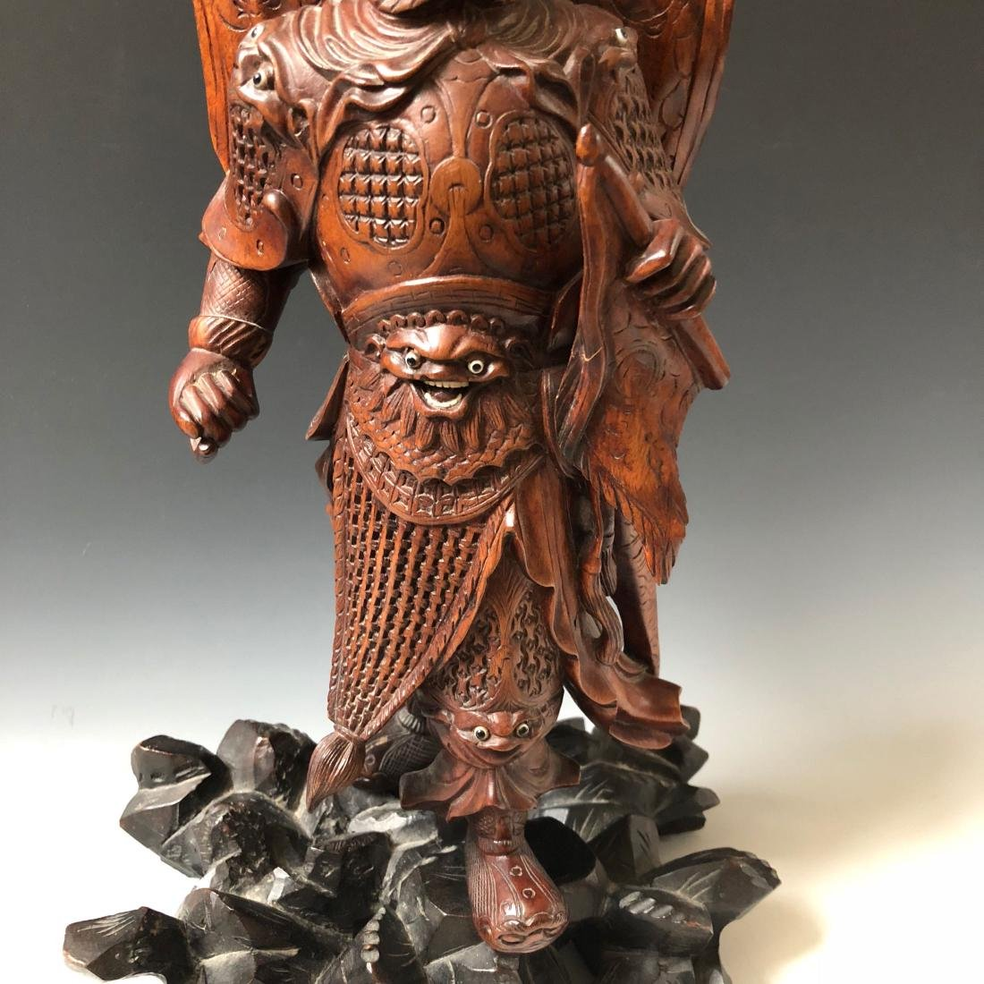 A FINE CHINESE ANTIQUE CARVING - 3