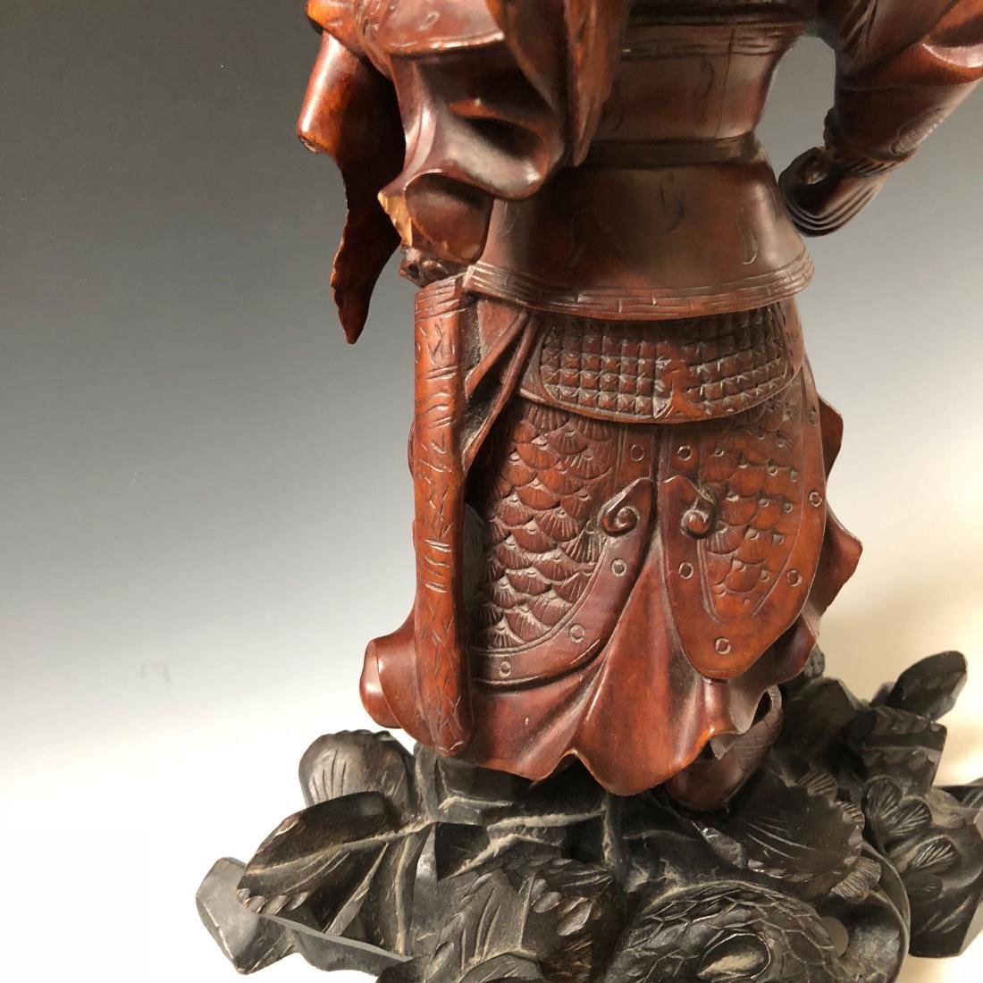 A FINE CHINESE ANTIQUE CARVING - 6