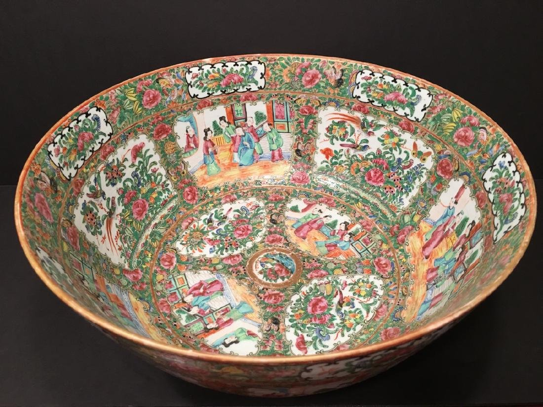 ANTIQUE Chinese Rose Medallion Punch Bowl, 19th C. 15