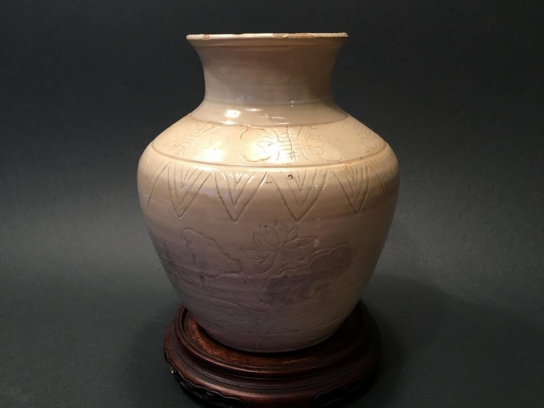 ANTIQUE Chinese Ancient White Glazed Jar. Yuan Dynasty