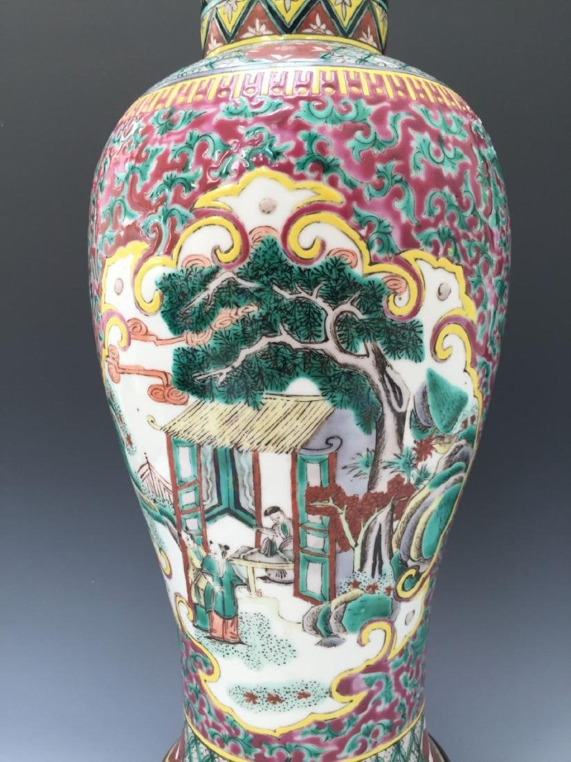 CHINESE ANTIQUE FAMILLE ROSE VASE, 18TH OR 19TH CENTURY - 7