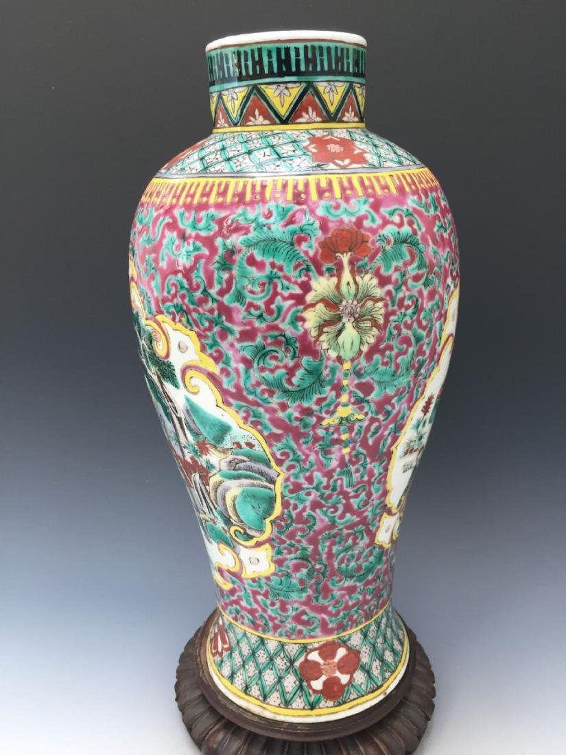 CHINESE ANTIQUE FAMILLE ROSE VASE, 18TH OR 19TH CENTURY - 8