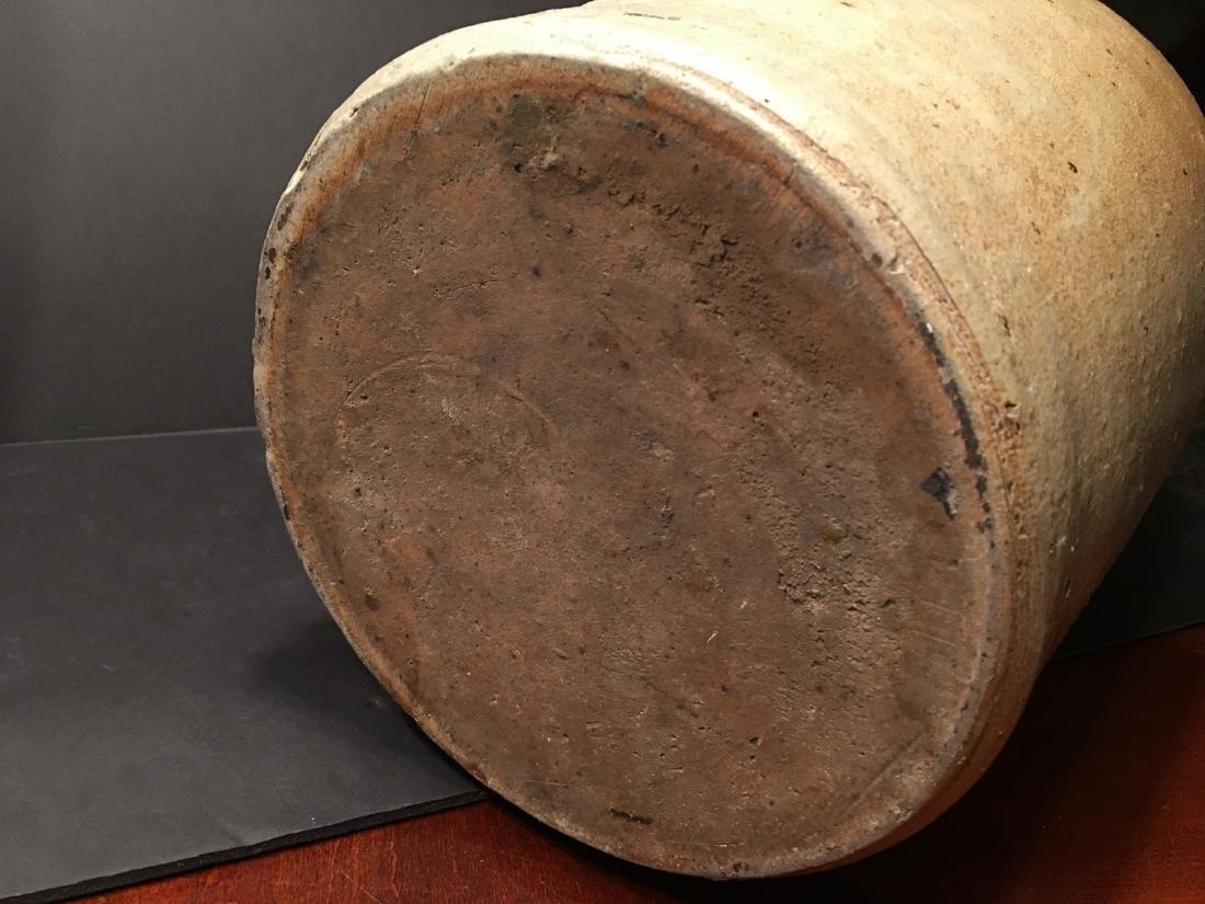 ANTIQUE Large Six gallon stoneware churn Crock, 19th - 6