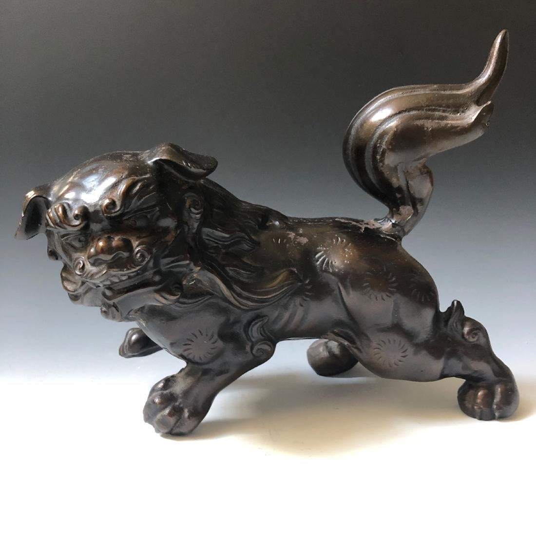 CHINESE ANTIQUE BRONZE FOO DOG