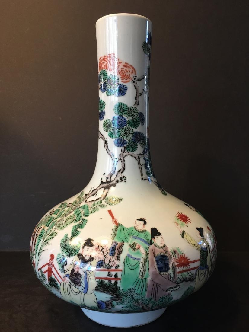 ANTIQUE Chinese Wucai Figurine Vase, 17th-18th century,